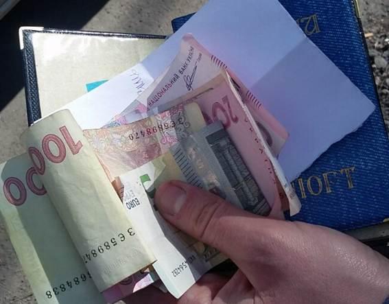 """Полицейские задержали в Киеве двух """"врачей-шаманов"""""""