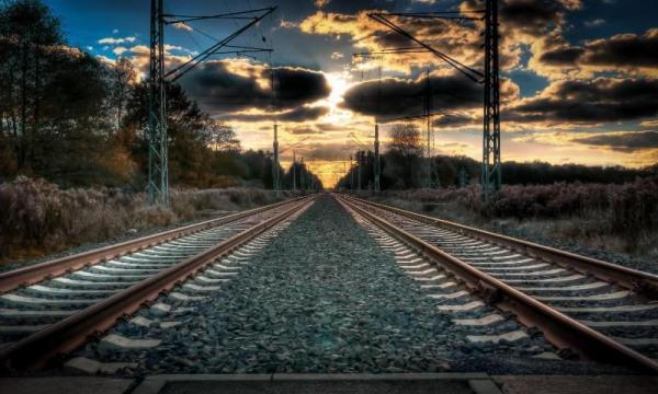 Под Киевом погиб молодой человек, которому поездом отрезало ногом