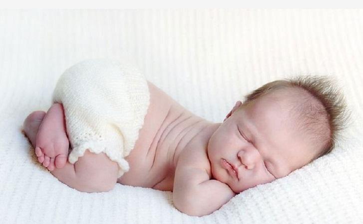 Киевлянка родила ребенка с редким весом