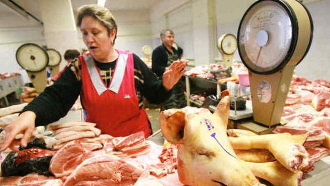 В Киеве из-за африканской чумы запретили торговать мясом свинины