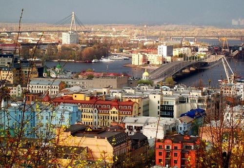 Киевские власти проведут реконструкцию Подола
