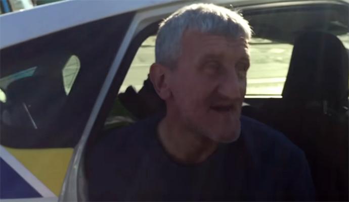 Два в одном: пьяный водитель попал в ДТП, а у него украли аккумулятор