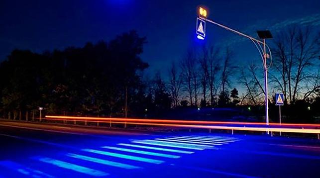 Пешеходные переходы в Киеве оснастят сенсорной подсветкой