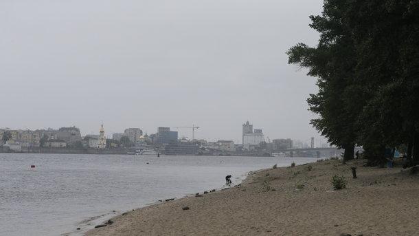 В Киеве изменят правила заезда на Труханов мост