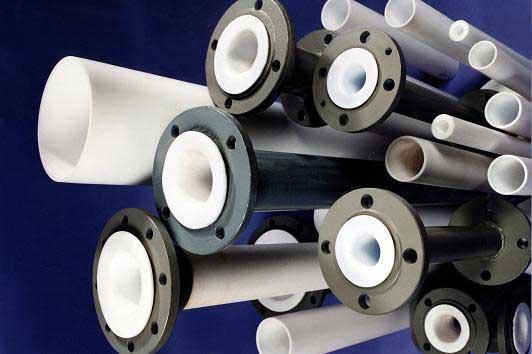 Футерованные фторопластом трубы – проверенная надежность и длительная служба