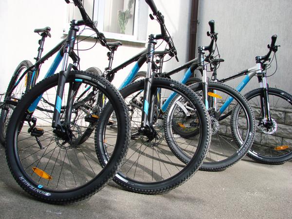 Киевским коммунальщикам выдадут горные велосипеды