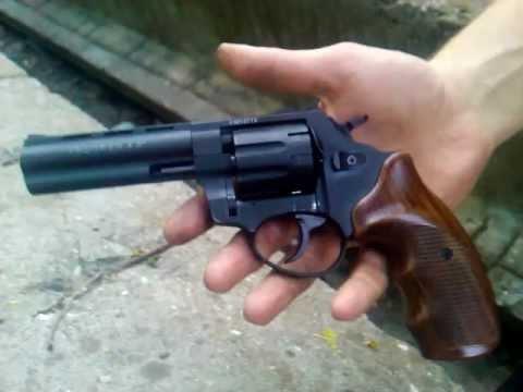 На Киевщине школьник случайно прострелил голову своему другу