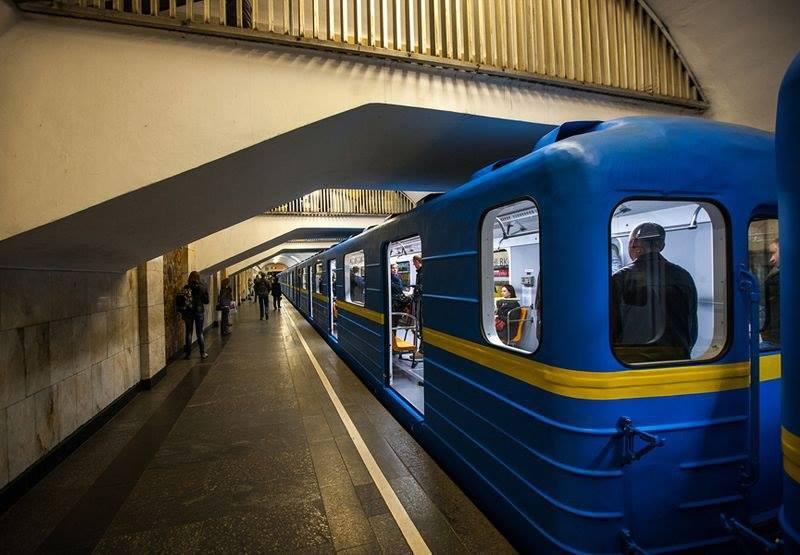 В киевском метро очередная нелепая смерть