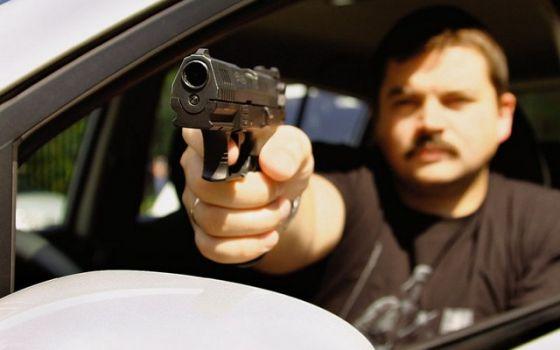 """Конфликт на Оболони: у кого """"круче"""" авто, тот и прав?"""