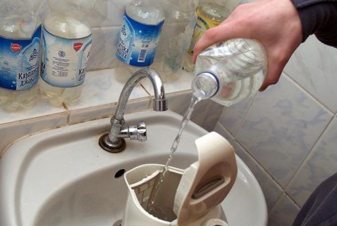 Киевляне так и не дождались обещанной горячей воды