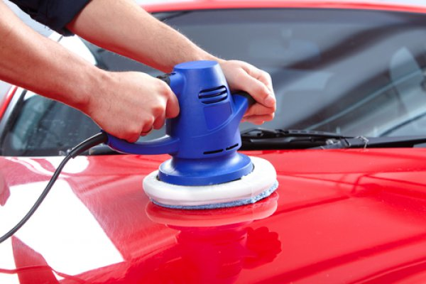 Паста для полировки должна быть у каждого автомобилиста