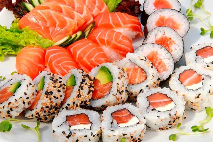 Опасные суши: киевляне отравились морскими деликатесами