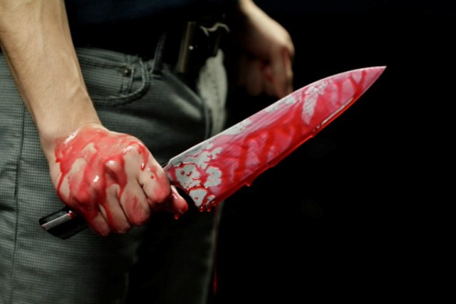 В Киеве молодой парень зарезал 50-летнюю женщину