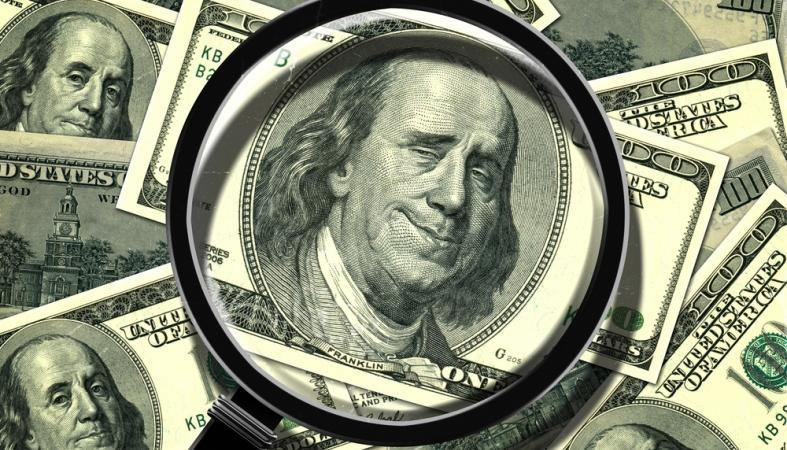 Как распознать фальшивые доллары на вид?