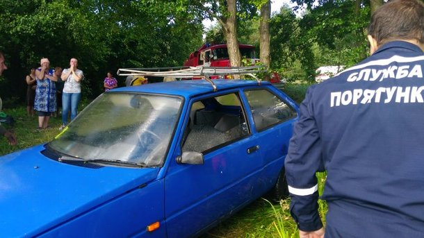 Под Киевом погиб мужчина, который пытался спасти свое авто