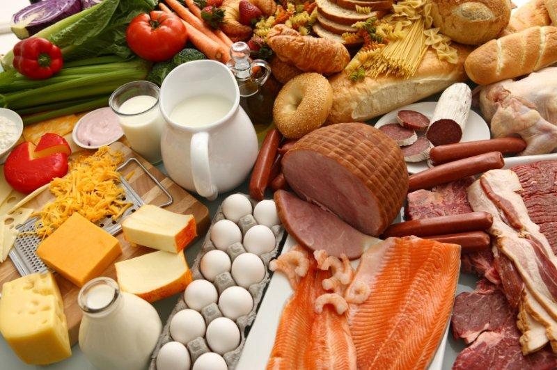 На рынках Киева запретили в жару продавать молоко, сыр, мясо