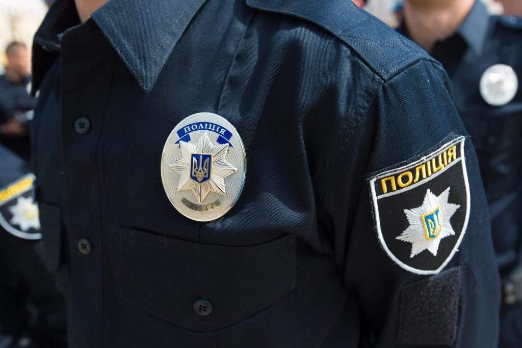 На Киевщине полицейским понадобилось три часа, чтобы спасти самоубийцу