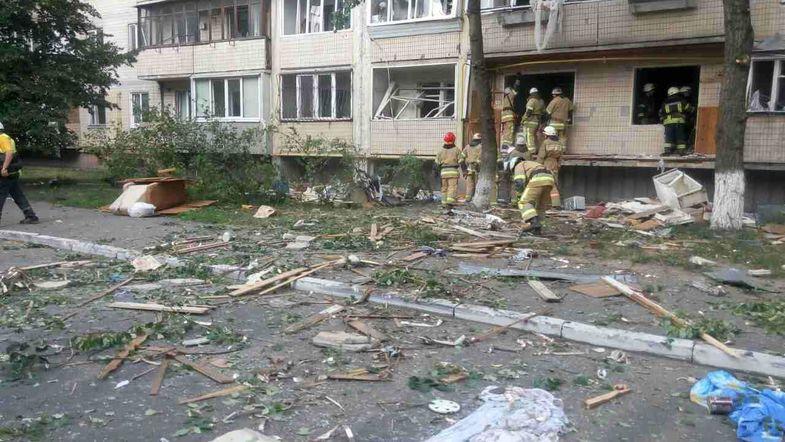 В жилом доме прогремел мощный взрыв. Погибла женщина-инвалид