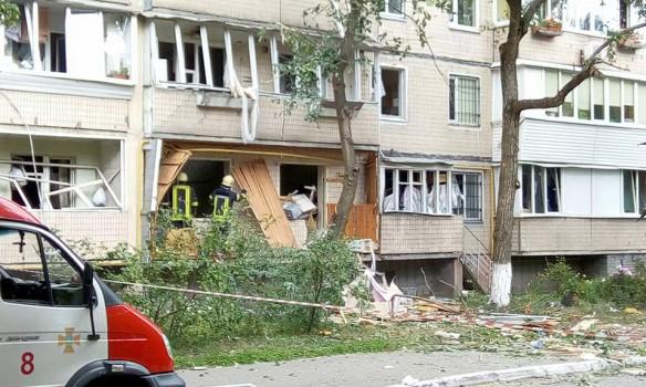 В КГГА рассказали, что будет с домом на ул. Бурмистенко, где произошел взрыв