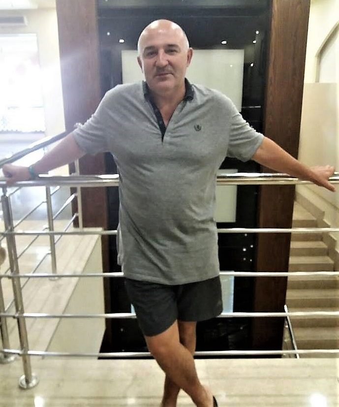 Киевлянин спас отдыхающих от акулы