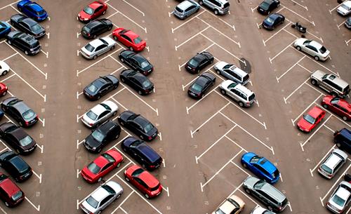 Киев перешел на безналичные рассчеты за парковку