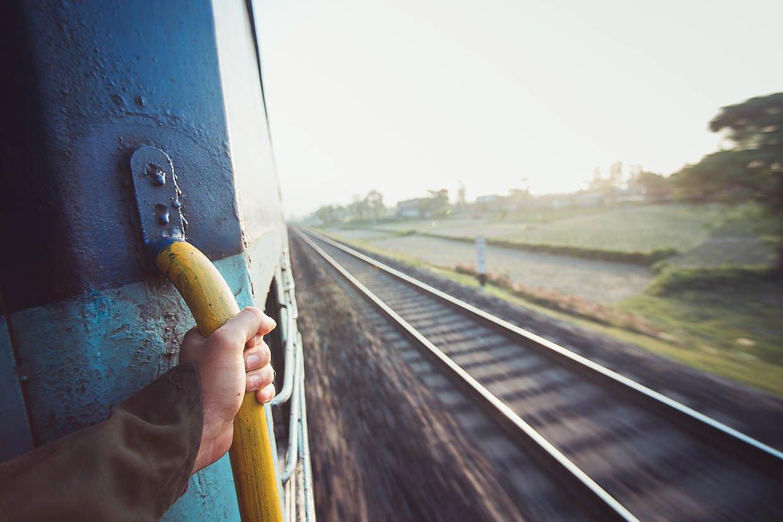 15-летний подросток травмировался на крыше поезда во время селфи