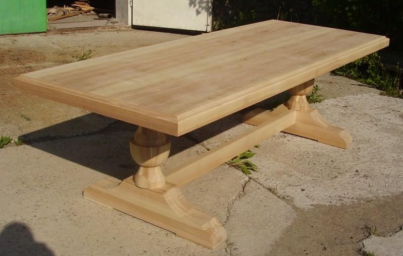 Деревянные столы - натурально и красиво