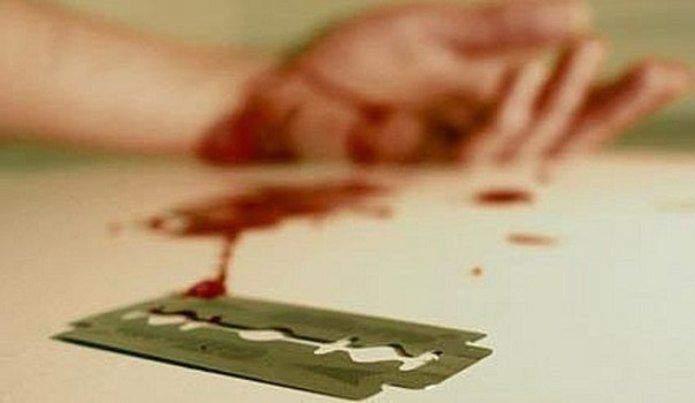 В полиции сообщили подробности самоубийства возле КПИ