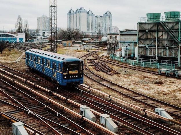 Метро на Троещину невозможно без моста - В.Кличко