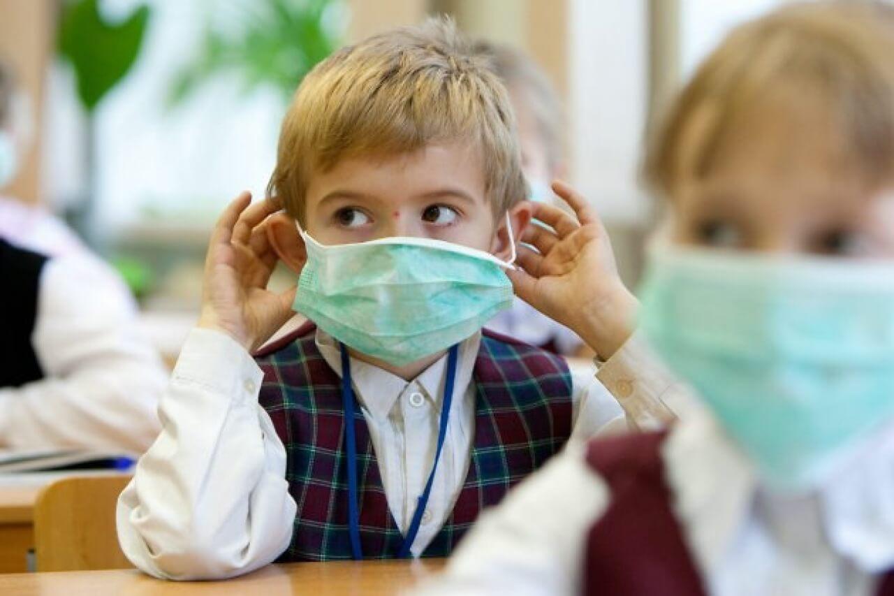 В Киеве более 15 тыс человек заболели гриппом и ОРВИ