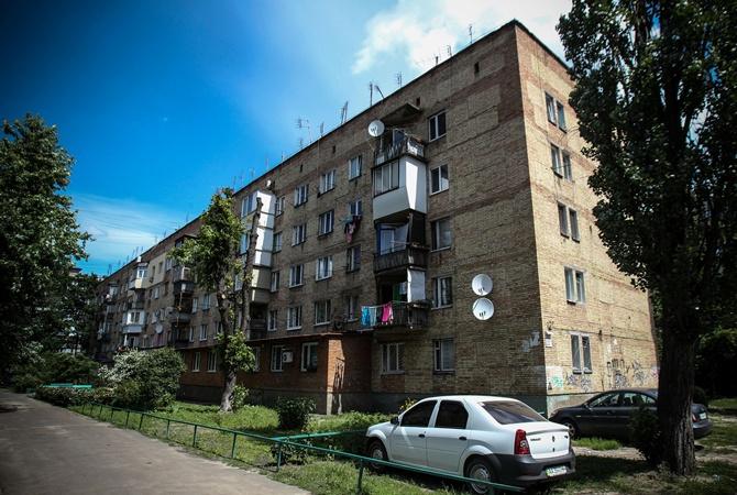 В Киевсовете решили передвинуть автостоянку, чтобы построить новый дом