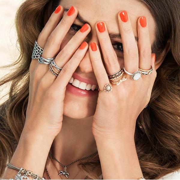 Стало известно, какие золотые кольца всегда будут на пике моды