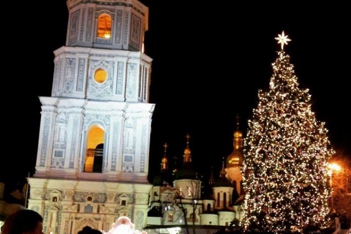 Главную елку Киева зажгут 19 декабря