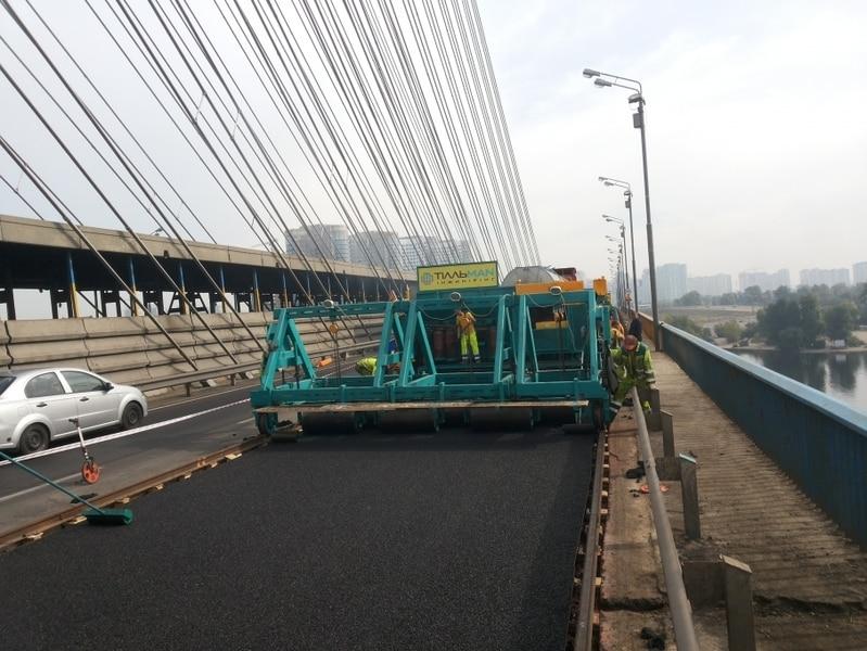 На Южном мосту ремонт - движение ограничат