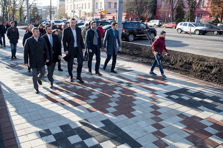 Кличко рассказал, когда закончат капитальный ремонт ул. Владимирской