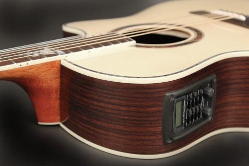 Особенности устройства электроакустической гитары