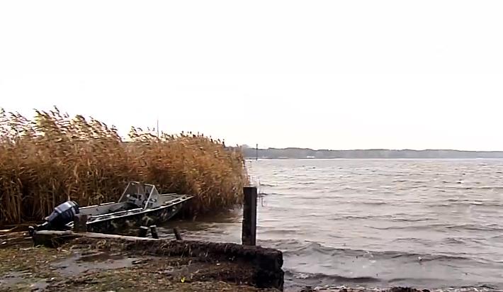 На Киевщине приостановили поиск пропавших отца и сына