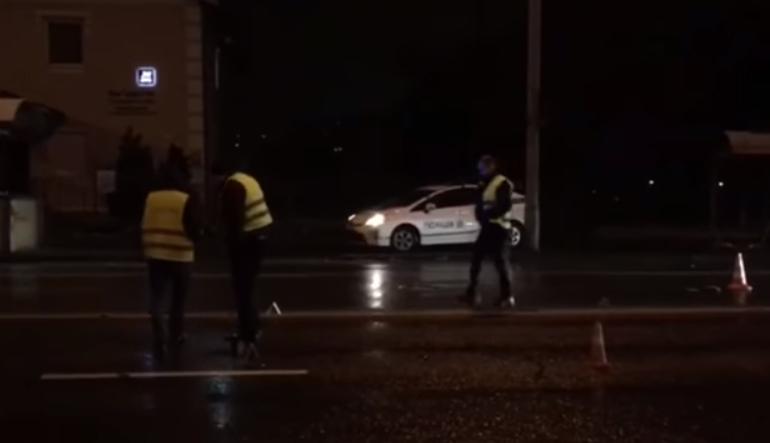 На проспекте Лобановского автомобиль задавил супружескую пару