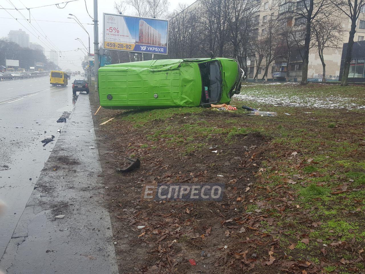 На проспекте Победы в серьезное ДТП попали телевизионщики