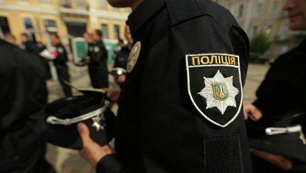 """В Киеве полиция задержала """"ценителей"""" чужого имущества"""