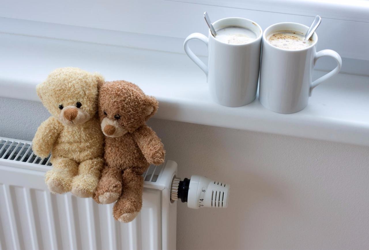 В КГГА заявили, что не могут начислить плату за тепло домам без счетчиков