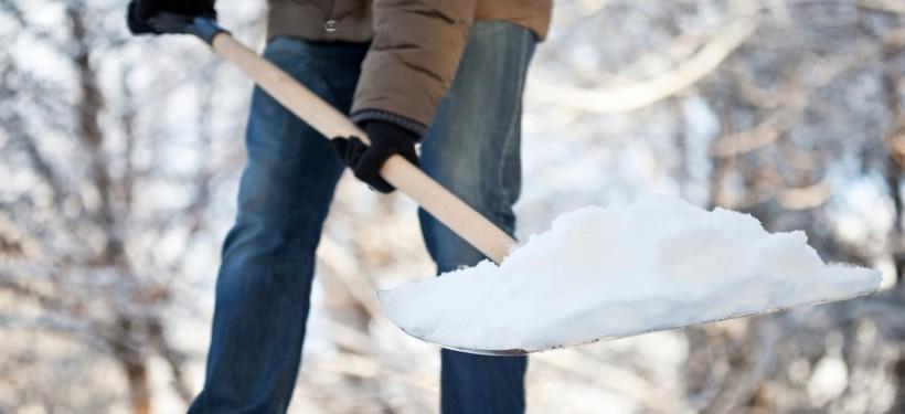 Снег в Киеве не должен убирать ртутный столбик термометра