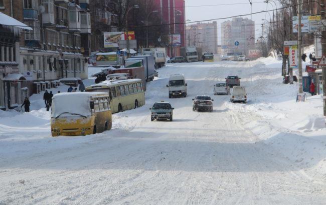 Снежный шторм в Киеве продолжится и 19 декабря