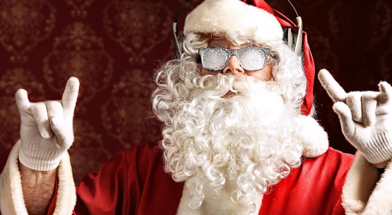 На Троещине Дед Мороз спас молодого парня