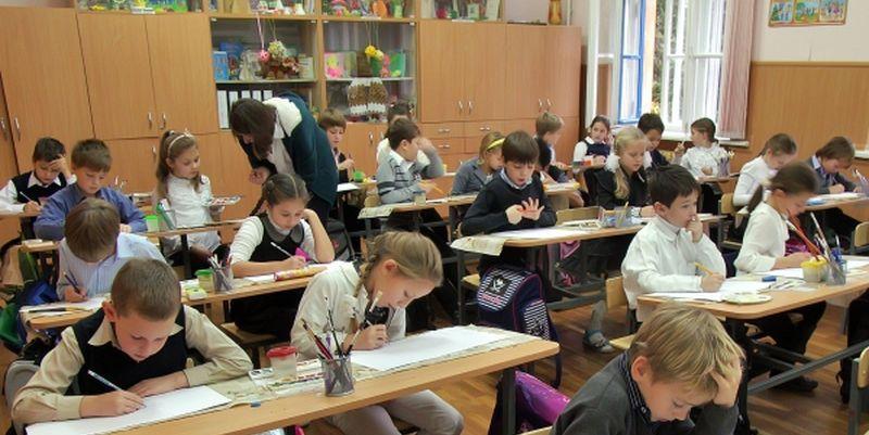 В КГГА рассказали, почему детей могут не впустить в школу