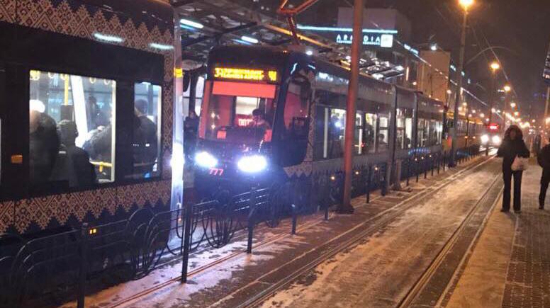 В Киеве сломался трамвай, который так расхваливал Кличко