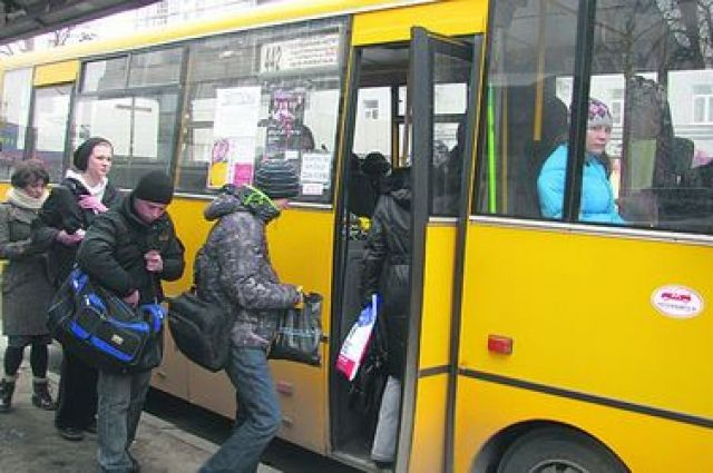 В киевских маршрутках стало дорого кататься