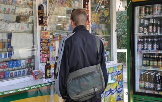 Запрет на продажу алкоголя в МАФах Киева никто не отменял