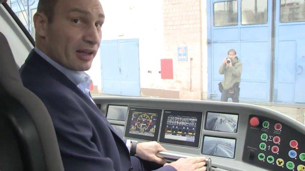 Кличко надумал собирать трамваи в Киеве