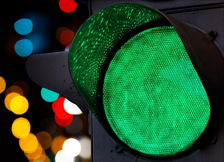 Киевским водителям готовят сюрприз - светофоры станут автоматизированными